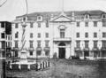 Os Paços do Concelho de Lisboa no século XIX, antes do incêndio de 1863.png