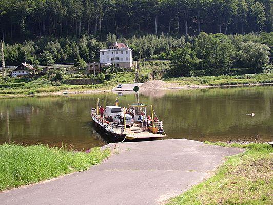 Dolní Žleb Ferry