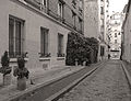 P1260642 Paris XIV passage des Arts bw rwk.jpg