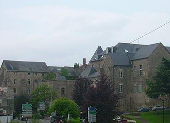 Palais des comtes du Maine où naquit Henri II d'Angleterre futur roi d'Angleterre