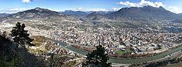 Panorama della città dalla frazione di Sardagna posta a ovest della città.