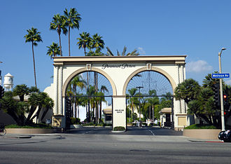 Paramount Pictures' studio lot in Hollywood (Melrose Gate entrance) Paramountpicturesmelrosegate.jpg