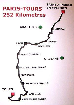 Paris–Tours - Paris–Tours now starts in Saint-Arnoult-en-Yvelines 50km south-west of Paris, runs south-west towards Tours crossing the Loire at Amboise, then over several small climbs before the finish on the Avenue de Grammont in Tours