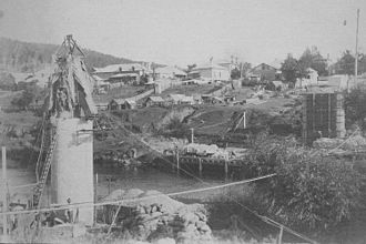 North Coast railway line, New South Wales - Paterson bridge under construction in 1910