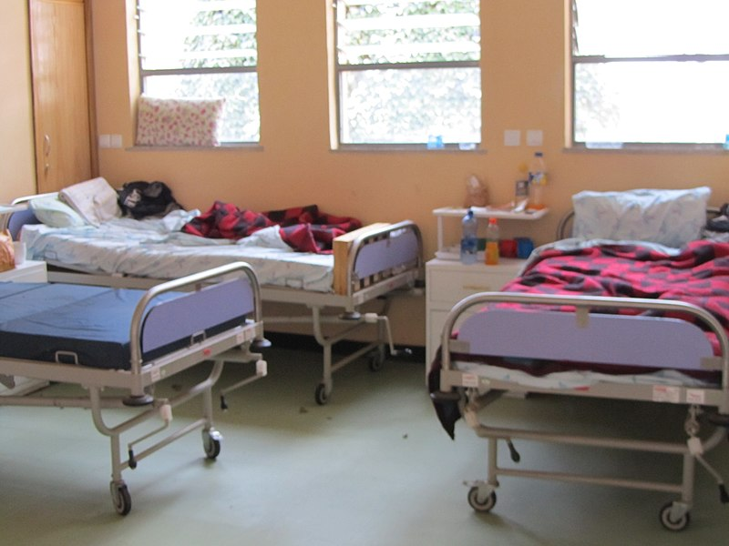 File:Patient beds in MDR-TB unit (7000154711).jpg