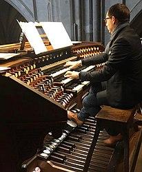 Peter Van de Velde (organist)