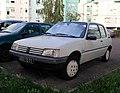 Peugeot 205 Junior (43698124700).jpg