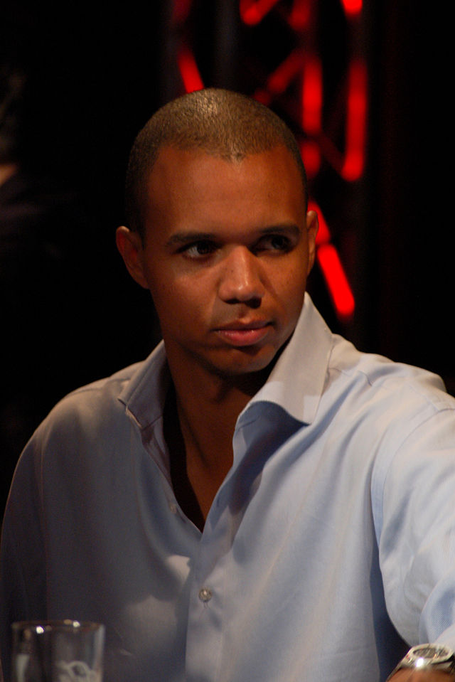 The 41-year old son of father Phil Ivey Sr. and mother Pamela Ivey, 188 cm tall Phil Ivey in 2017 photo