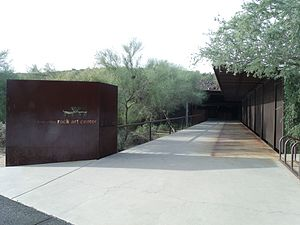 Deer Valley Petroglyph Preserve - Image: Phoenix Deer Valley Rock Art Center Museum 2