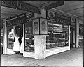 Pike Place Market - Three Girls Bakery - 1917.jpg