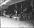 Pike Place Market - vegetable vendor - 1917.jpg