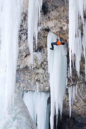 Mixed climbing - Image: Piratescove