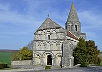 Plassac-Rouffiac église 2012.jpg