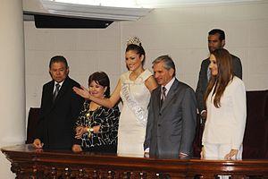 Anyolí Ábrego - Image: Pleno del Congreso saluda a Miss Panamá