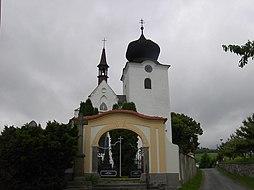 Kostel Sv.Jana Křtitele v Počepicích.