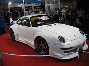 Porsche 911 Turbo - Flickr - robad0b.jpg