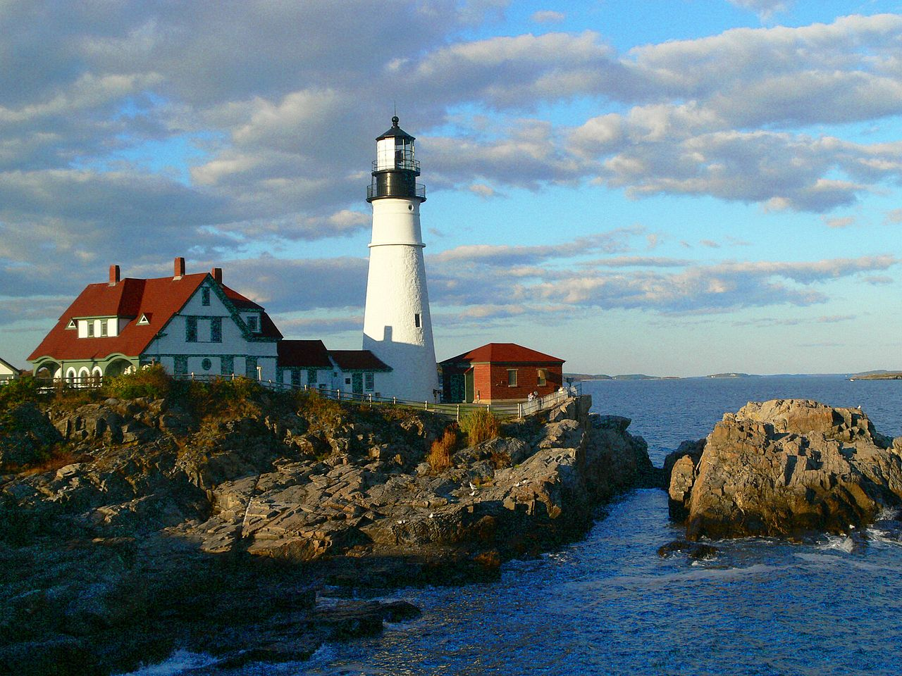 File:Portland Head Lighthouse, Maine.jpg - Wikimedia Commons