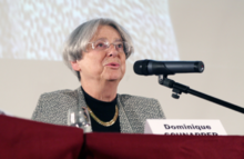 Dominique Schnapper lors d'une table ronde en 2011.