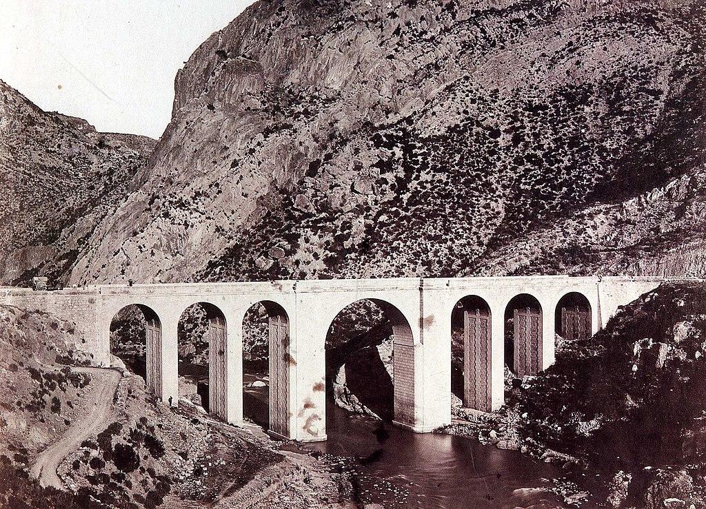 1024px-puente_del_cabriel_carretera_de_las_cabrillas
