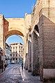 Puerta de Elvira - 49884842512.jpg