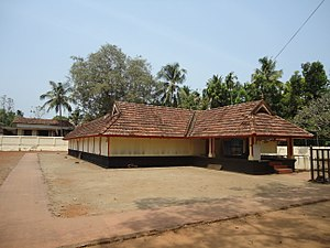 Puthoorppilly Sree Krishnaswamy Temple - Image: Puthoorpilli Sree Krishna Temple Manjpara Side View