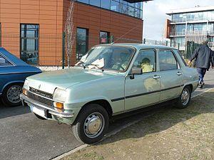 Renault 7 - Image: R7 av
