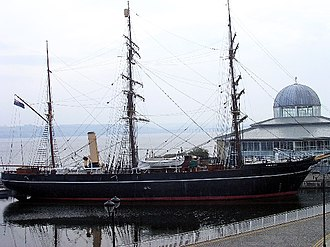 HMS Discovery (1874) - Discoverys namesake, RRS Discovery open to the public in Dundee.