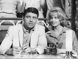 Leslie Parrish - With Ralph Taeger in Acapulco (1961)