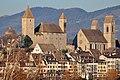 Rapperswil - Altstadt - Schloss-Stadtpfarrkirche - Seedamm - Holzbrücke 2011-11-17 15-41-24.jpg
