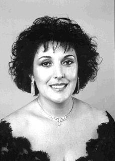 Raquel Pierotti Uruguayan mezzo-soprano opera singer