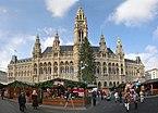 Rathaus_Wien_Christkindlmarkt_Front_Panorama.jpg