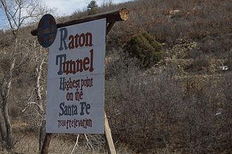 Raton Pass - Image: Raton Pass 2