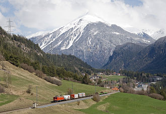 Albula Railway - Goods train between Tiefencastel and Surava