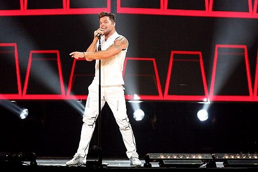 Ricky Martin @AllPhones Arena Sydney Australia (16699560624)