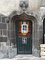 Riom maison rue St Antoine 1 porte côté Gomot.JPG