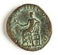 Romerskt bronsmynt med Apollo, 238-244 - Skoklosters slott - 110733.tif