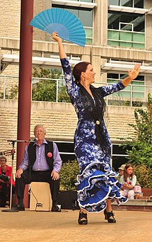 Rueda Flamenco at Victoria Flamenco Festival 06 (20449466488).jpg