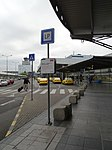 Ruzyně, letiště, Terminál 1, zastávka LP.jpg