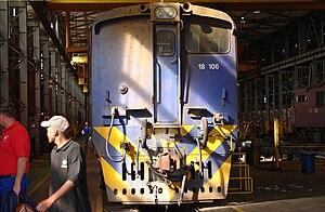 South African Class 6E1, Series 11 - Cab 1 of Class 18E no. 18-106, ex Class 6E1 no. E2174, Sentrarand, 22 September 2009