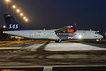 SAS, OY-JZW, ATR 72-500 (23840772756) (2).jpg