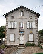 Saint-Hostien - Mairie.jpg