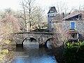 Saint-Jean-de-Côle pont prieuré.JPG