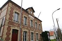Saint-Martin-aux-Chartrains mairie.jpg