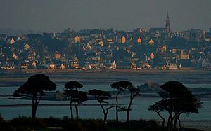 Saint-Pol-de-Léon, Brittany, France, on a winter's evening.jpg