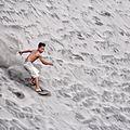 Sandboarding Di Gumuk Pasir.jpg