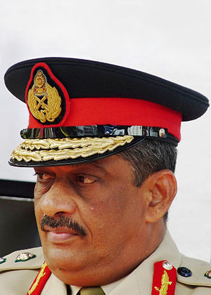 Sri Lanka releases former army chief   Sarath Fonseka walks free after pardon by President Mahinda Rajapaksa, his former main political rival.