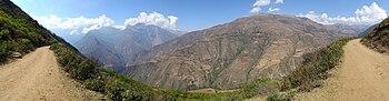 Sentier vers Choquequirao, km 8.jpg