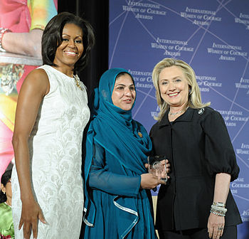 Shad Begum with Hillary Rodham Clinton and Michelle Obama in 2012 at the International Women of Courage Award