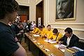 Soči medaļnieki parakstīšana.jpg
