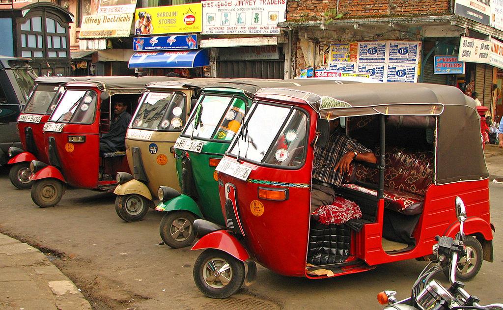 Sri Lanka - 077 - Tuk-tuks waiting for fares in Kandy (1685043688).jpg